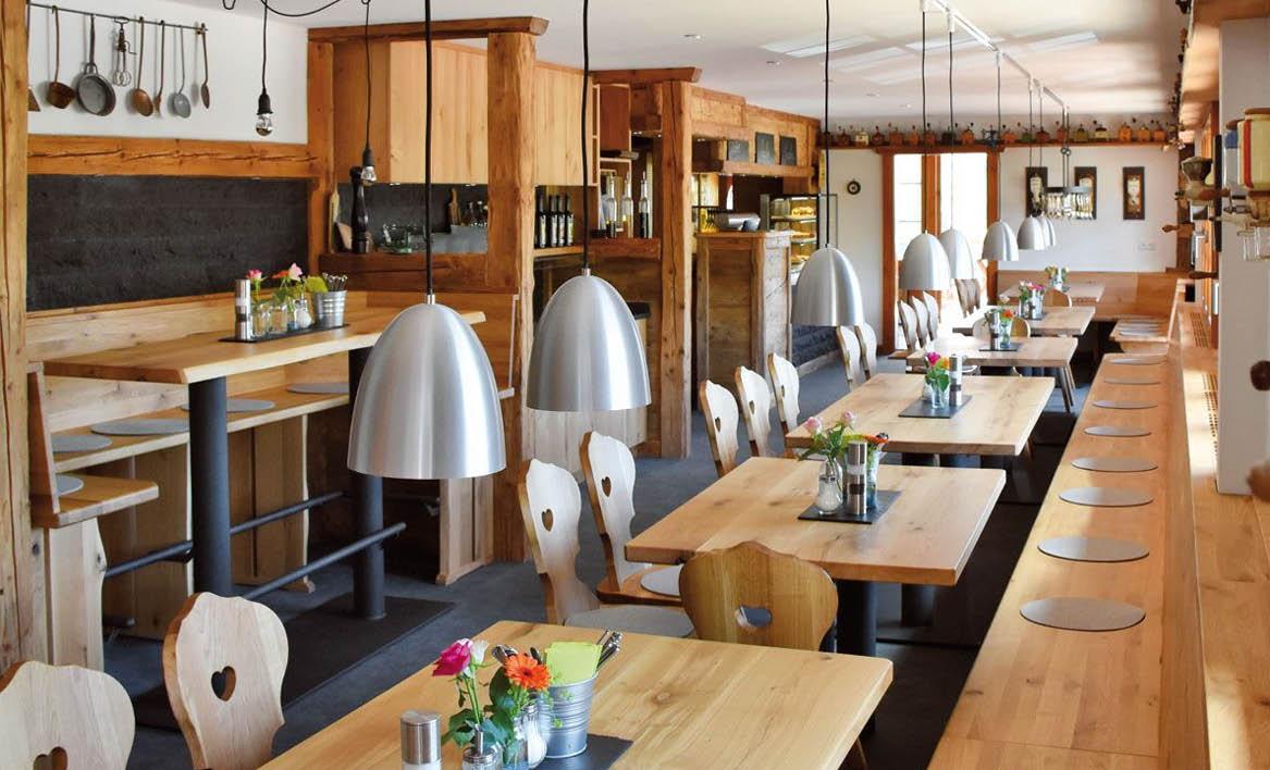 Kolmenhof Restaurant11